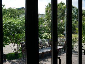 高反射遮熱フィルムの内側からの景色