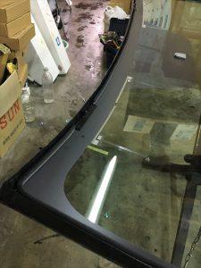 トヨタアクアのガラス交換